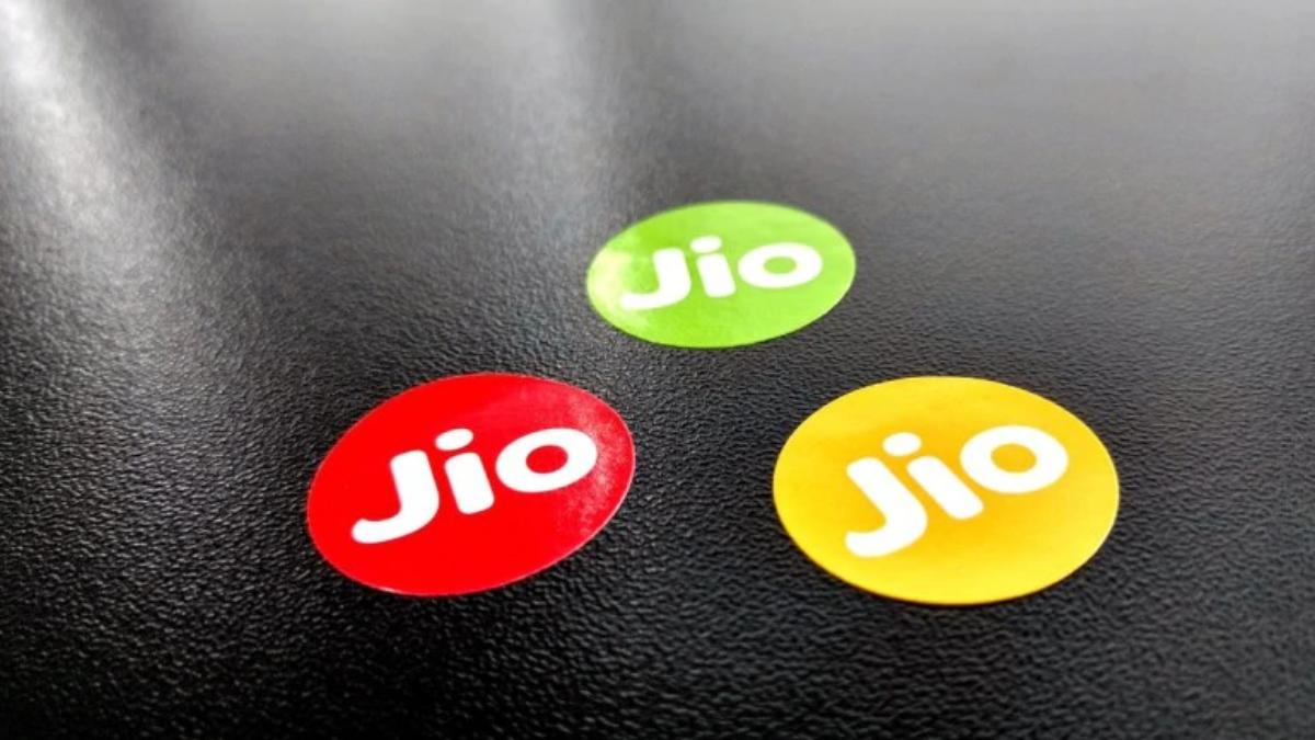 How To Make International Calls From Jio?